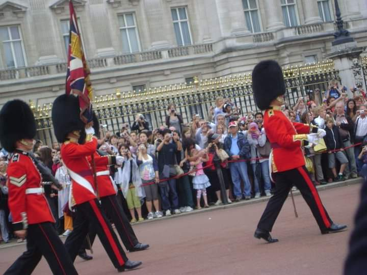 Ultimate London Vacation and Sightseeing Guide